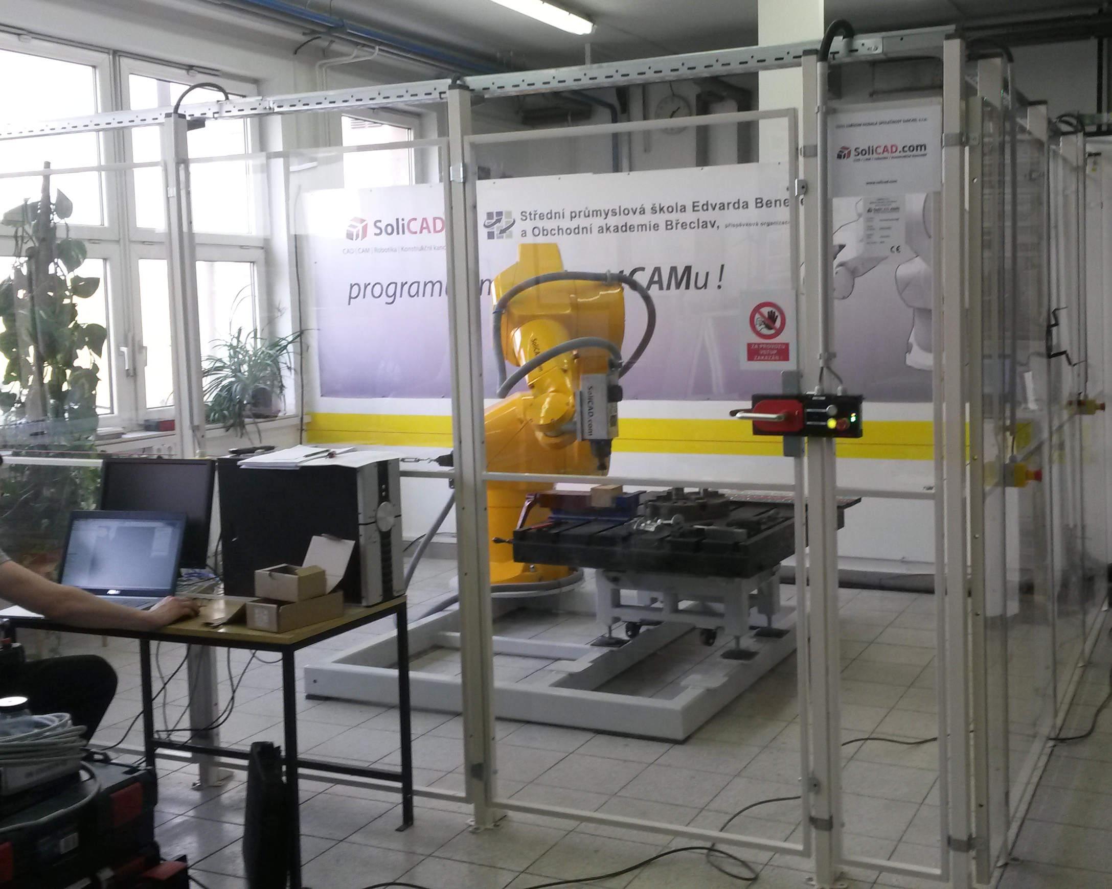 Frézovací robot s vřetenem